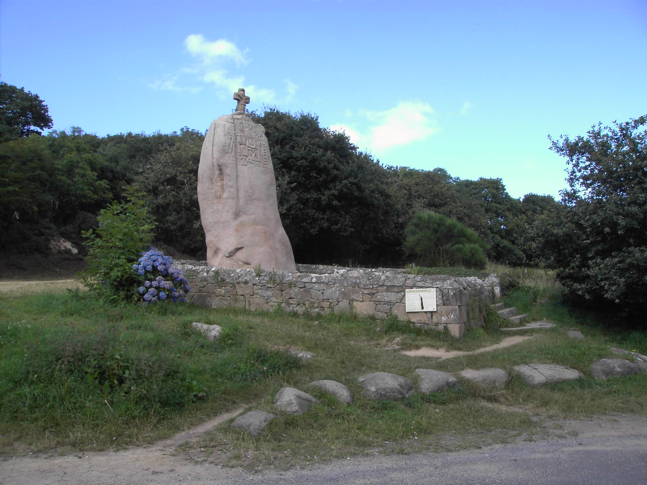 Mégalithe - Saint Uzec